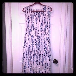Chadwicks of boston Button down sleeveless Dress
